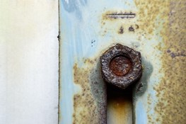 What's the Inside Scoop on Crevice Corrosion?