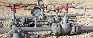 Guided Wave Ultrasonic Testing for Non-piggable Pipelines