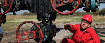 The Science behind Oil and Natural Gas Pipeline Corrosion and Coatings