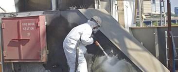 wet abrasive blasting